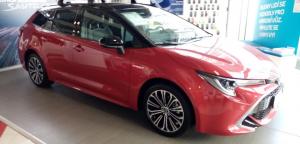 Toyota Corolla TS 1,8 hybrid Selection