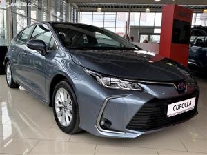 Toyota Corolla sedan 1.8 hybrid Comfort Tech