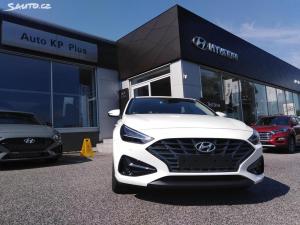 Hyundai i30 1,5T-GDI 7DCT FamilySmart+NAVI