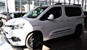 Toyota Proace City Verso Family 1.5D 130k MAN6 Short