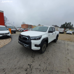 Toyota Hilux Invisible 2.8D-4D 208k AT6