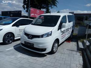 Nissan Evalia Acenta Premium
