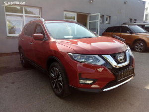 Nissan X-Trail 1,7 dCi 4x4 AT Tekna + DA