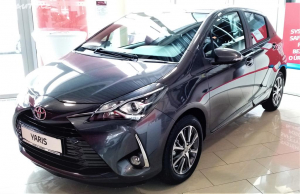Toyota Yaris Active Trend Y20 + connect.