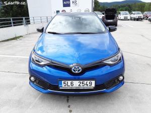 Toyota Auris Selection- Hybrid