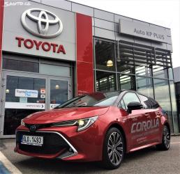 Toyota Corolla TS 1.8 hybrid Selection