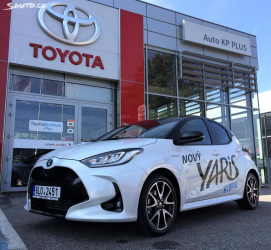 Toyota Yaris Selection Style hybrid 1.5